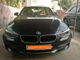 BMW 320 one honour,
