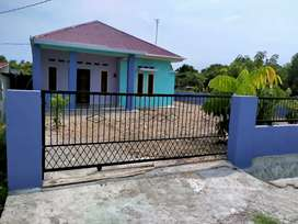 Dijual rumah,pekarangan luas