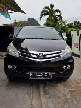Avanza G manual hitam