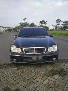Dijual Mercedes Benz C240 Elegance W203 Th 2002