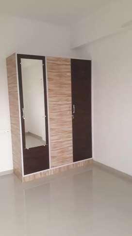 3 BHK semi furnished flat for rent Bansal Mall