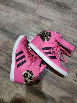 Adidas Originals Ladies shoe