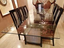 dining table for sale 50000