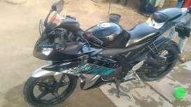 Sports bike R15 v2