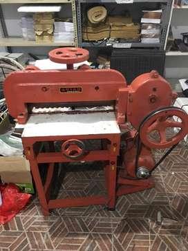 Mesin potong kertas Semi automatis (merek star)