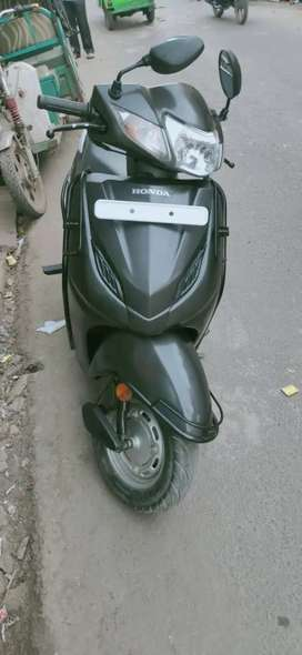 Selling my honda activa 4g FIRST OWNER in excellent condition.