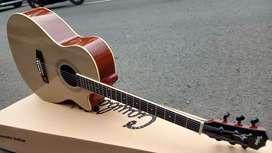 Gitar Akustik Penuh Kesan