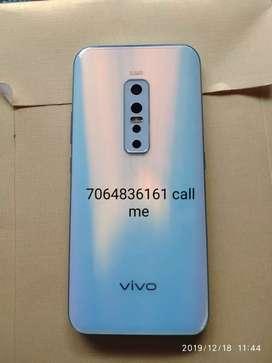 Achcha mobile koi bhi sakta hai