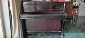Antique Carlecke Berlin - Dresden German upright piano