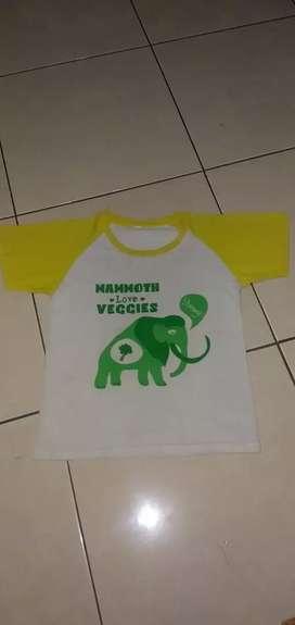 Preloved Baju Kaos Anak Mammoth. 4T-6T. Mulus Nominus