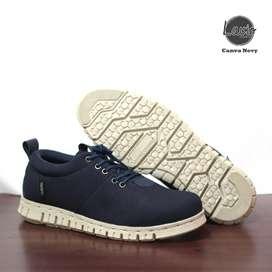 Sepatu kekinian untuk pria