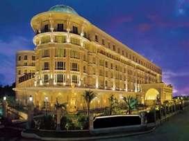 Free job hotel mein / housekeeping waiters