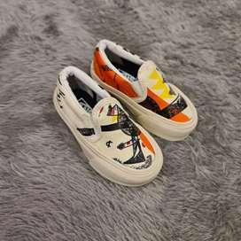 Sepatu anak vans moma slip on