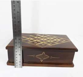 Kotak Penyimpanan Perhiasan Motif Cukit Batik