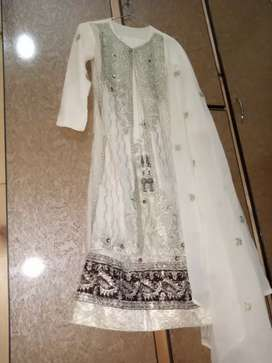 1 time used.Fancy beautiful dress for ladies . 3 piece