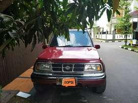 Jual Cepat Suzuki Escudo 2000 Pajak Panjang