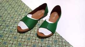 Sepatu sandal kulit Garut asli