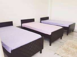 NO BROKERAGE Neat & Clean fully furnished room for Boys Girls in Noida