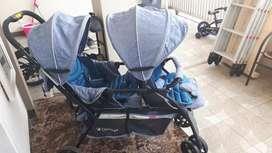 Stroller twin pemakaian 5 bulan