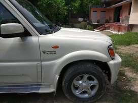 Mahindra Scorpio Automatic 4*4