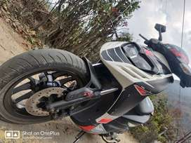 Aprilia sr150 serious buyer only paper work clear noc all available