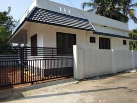 2 bhk 900 sqft 4 cent new build house at varapuzha kongorpally area