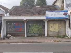 Di Kontrakan Kios /Rumah Lokasi Strategis cocok untuk usaha