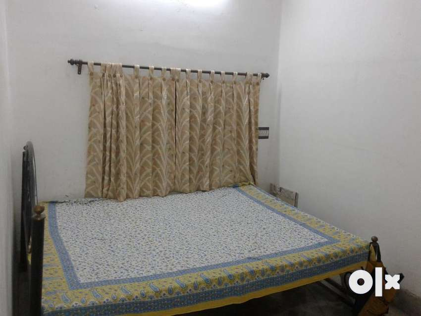 Comfortable Ladies PG(AC / Non AC) at reasonable rate? 0