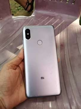 Redmi y2 in good condition 7379-81 eight one two five