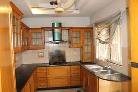 10 MARLA HOUSE FOR RENT IN DHA PHASE 05