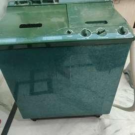 Semi Automatic Washine