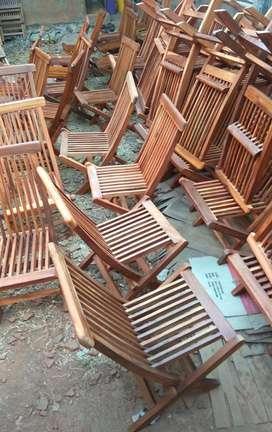 Kursi lipat kayu jati cocok untuk usaha cafe/ resto  ready stock