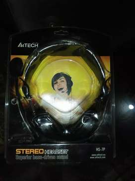 A4 tech headphone