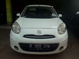 Nissan March MT 2011