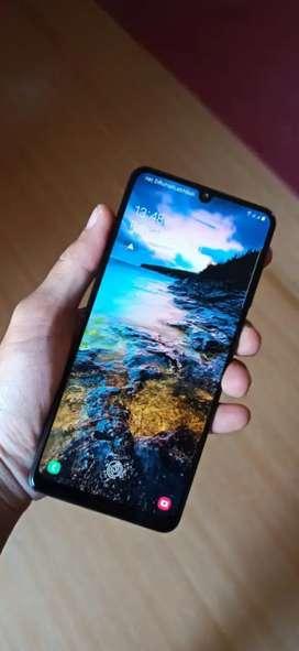 Samsung a31 8/128 GB