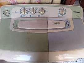 Samsung 7 KG semi automatic washing machine