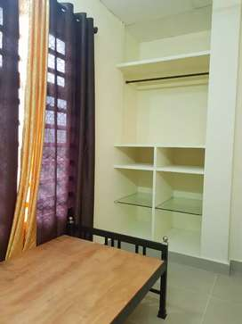 FLAT & ROOMS FOR RENT