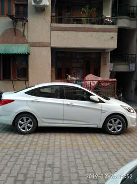 Hyundai Verna 2012- mint condition- best deal