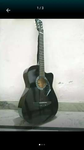 I am not interested by music but I lurning guitar only 3 months Old.