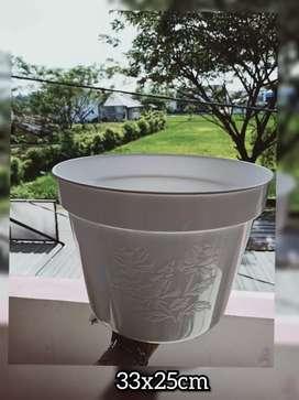 Pot bunga ukuran 33x25cm