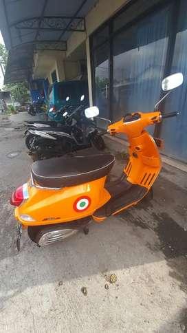 BALI Rent bike/sewa motor Vespa, PCX.