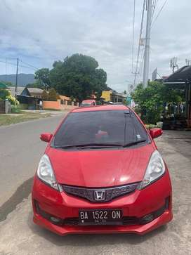 Jazz RS 2011 merah matic