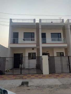 Independent House at Kharar chandighar highway sector 127
