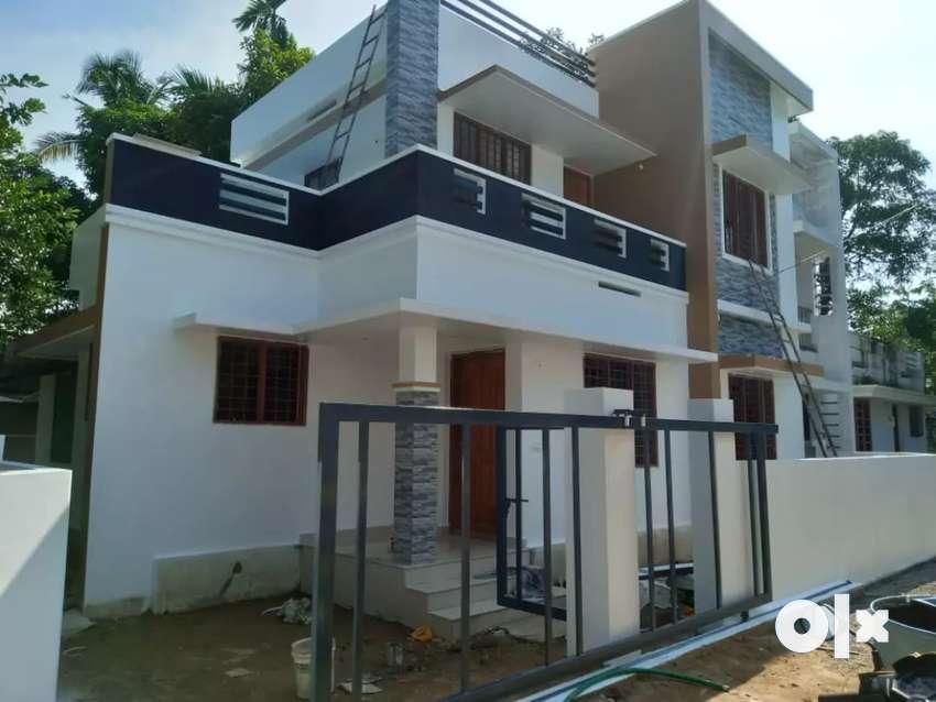 3 bhk 1200 sqft new build house at aluva paravur road karumallur 0