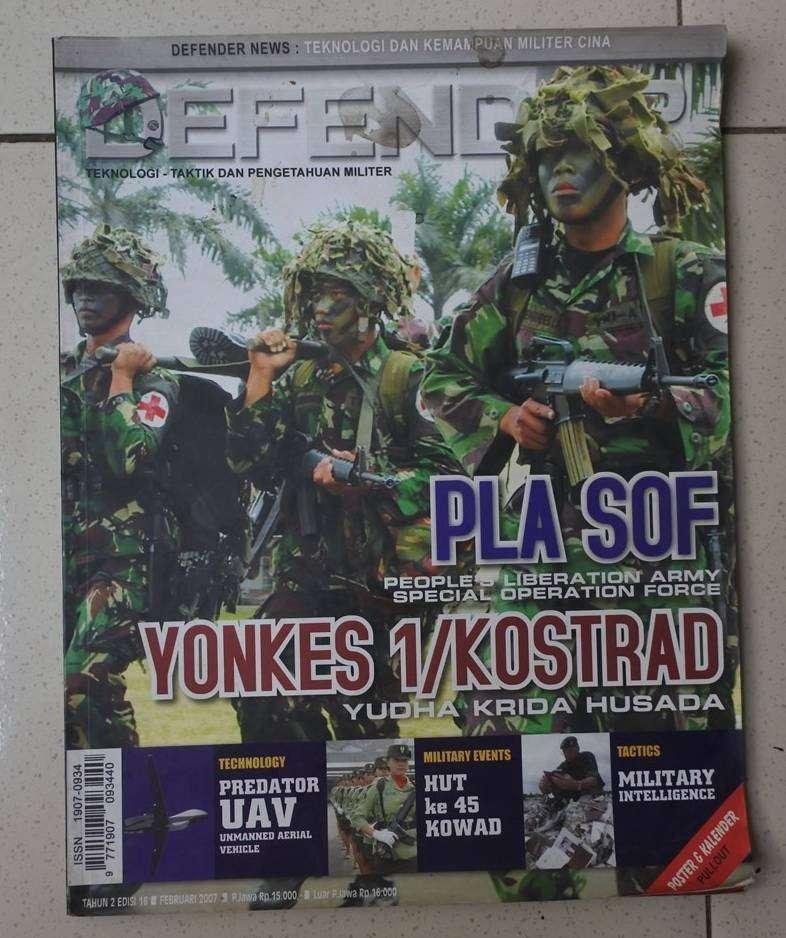 Borongan 4 majalah Defender lawas 0