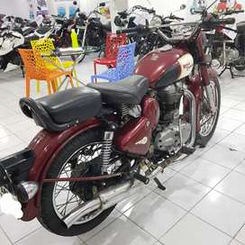 Royal Enfield Classic 350cc model 2010 in immaculate condition.