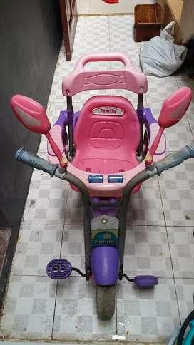 Sepeda Family Roda Tiga Pink