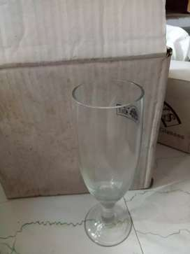 Box of six stem glasses