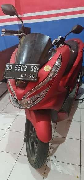 Di jual cepat honda pcx tipe ABS  merah doff, baru gk jadi di pakai.
