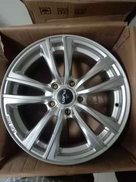 Alloys wheels plati